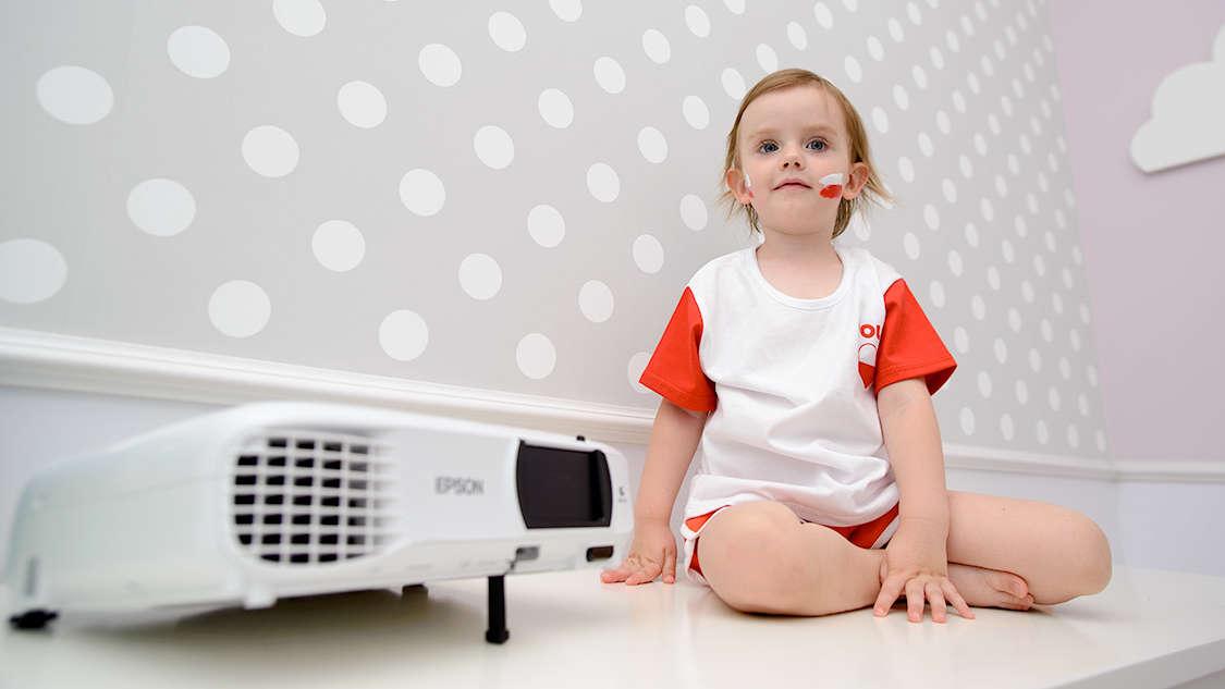 Idealny prezent na Dzień Ojca w czasie Mundialu? Projektor Epson EH-TW650