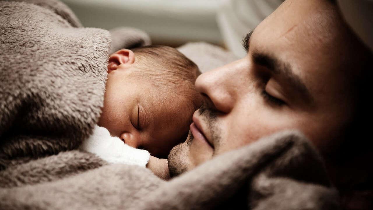 5 sposobów na kolkę u niemowlaka