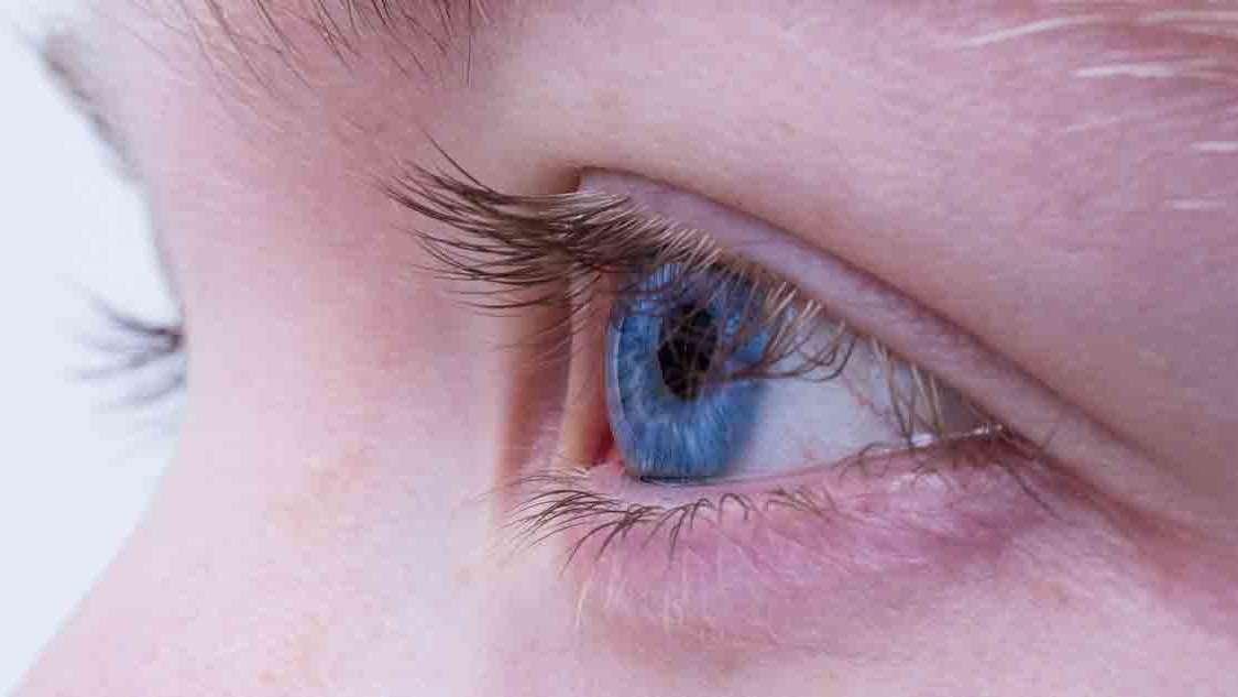 Astygmatyzm u dzieci: przyczyny, objawy, leczenie