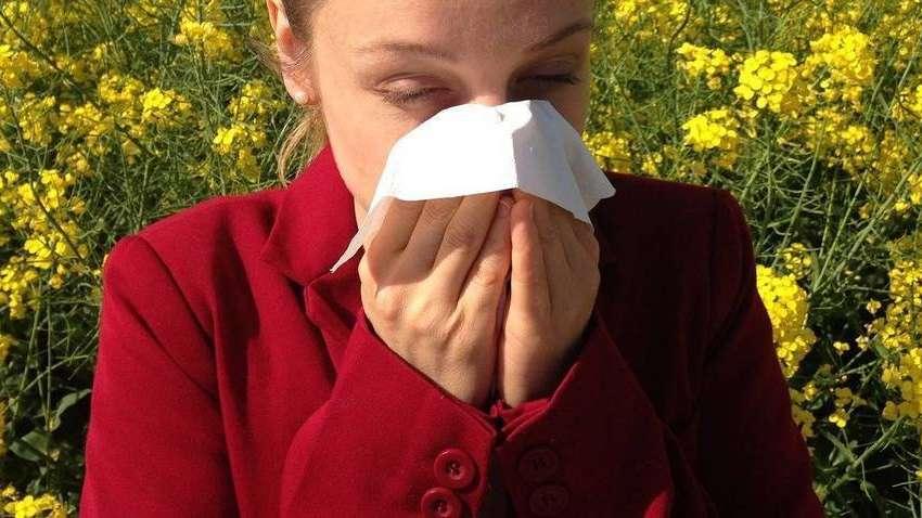Jak odróżnić katar alergiczny od infekcyjnego u dziecka?