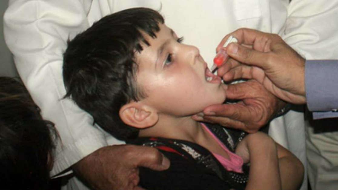 Polio wróciło! Dziecko, które zmarło nie było szczepione