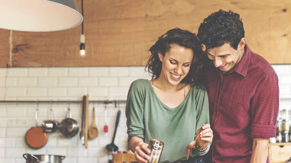 Prosty przepis na udany związek? Te 8 cech wyróżnia szczęśliwe małżeństwa!