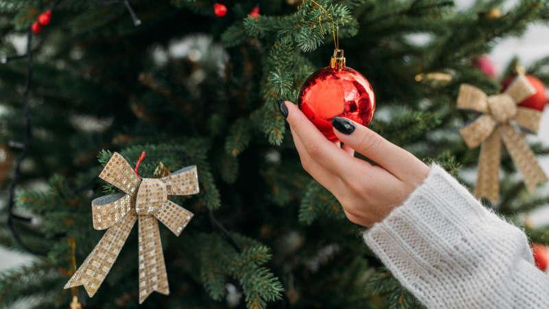 Jak ubrać choinkę? Zobacz najpiękniejsze dekoracje choinek na 2018 rok!