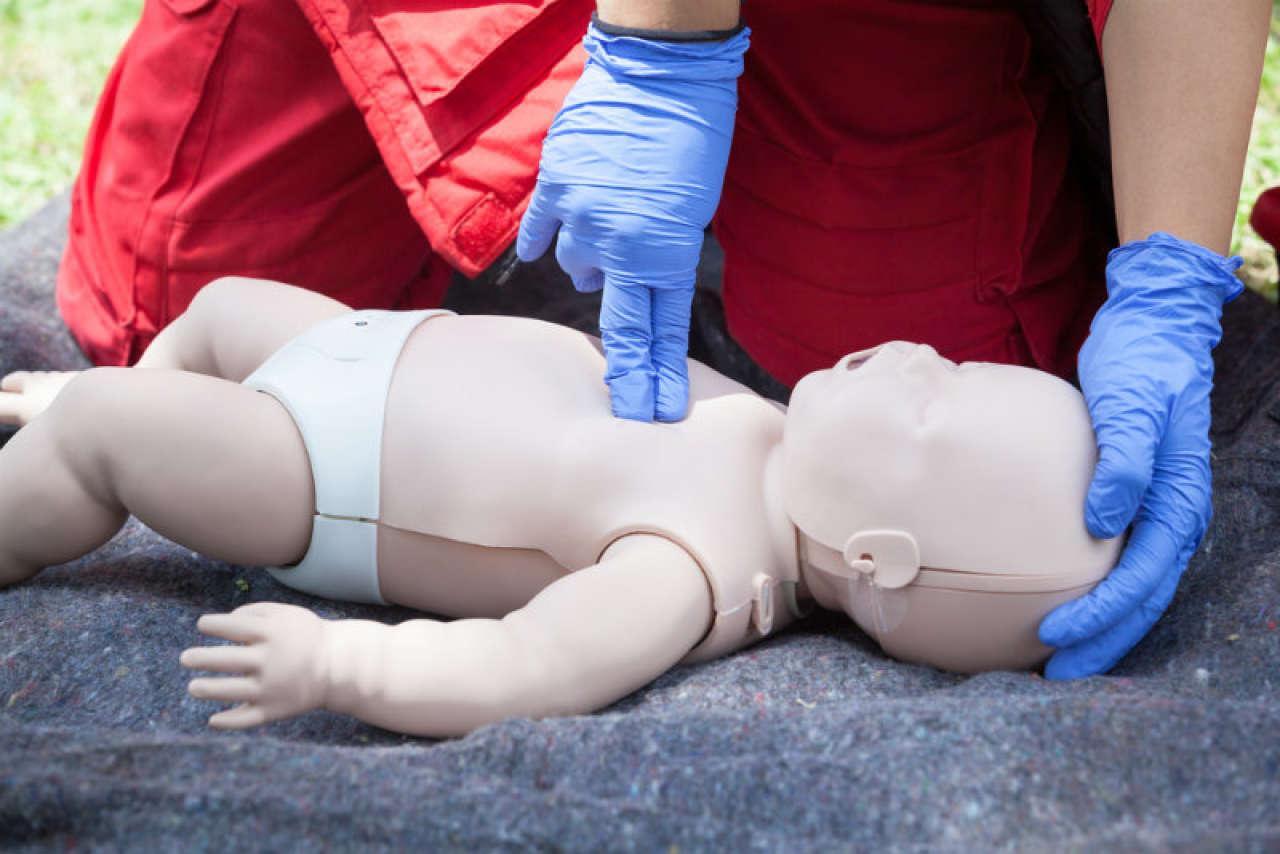 Resuscytacja dziecka: ta wiedza może uratować życie Twojego dziecka!