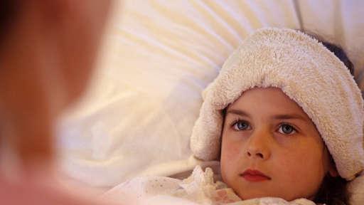 Bostonka u dzieci: jakie objawy wskazują na chorobę bostońską?