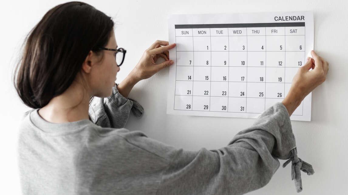 Jak przyspieszyć okres? Tabletki, domowe sposoby i inne metody na przyspieszenie miesiączki