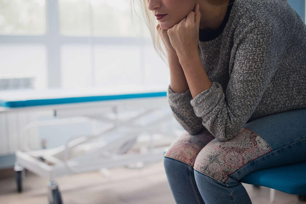 Łyżeczkowanie macicy [po porodzie, cesarce, przy endometriozie, polipach i mięśniakach]