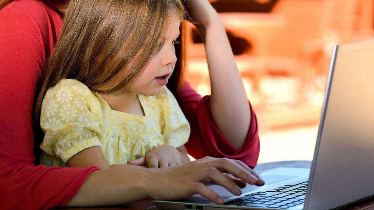 Bajki dla najmłodszych na YouTube: 16 najciekawszych propozycji dla maluchów