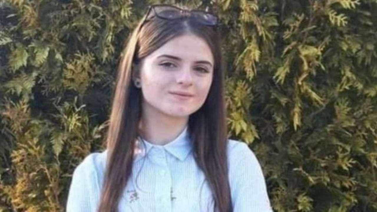 """Porwana nastolatka błaga policjanta, żeby """"pozostał na linii"""". Jej ciało znaleziono dopiero 19 godzin później"""
