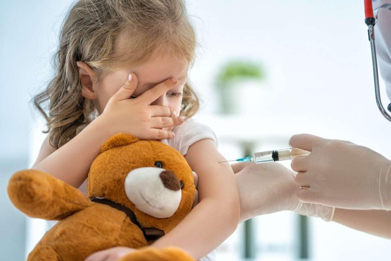 Okład z sody po szczepieniu: Skuteczny sposób na ból i opuchliznę