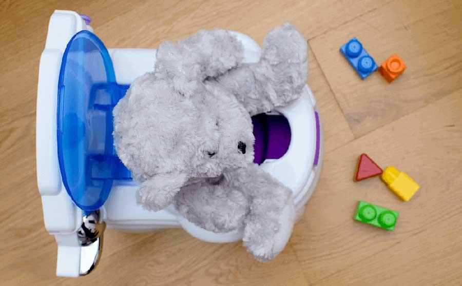Niemowlę nie robi kupy: Jak pomóc niemowlakowi?