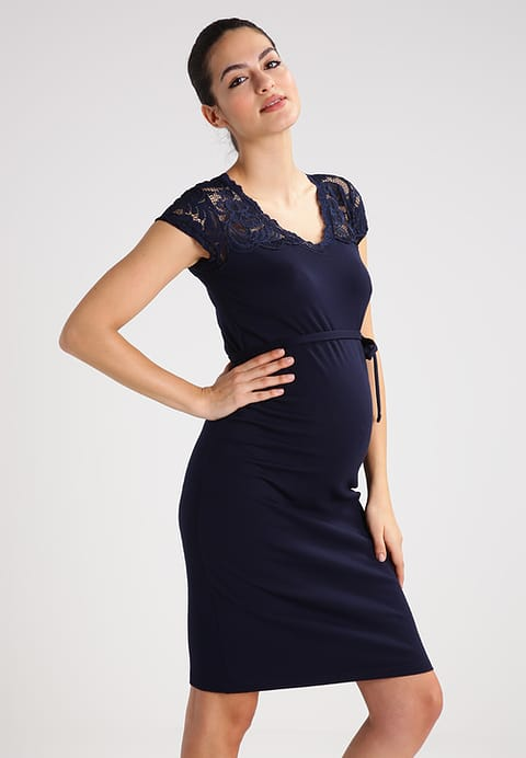 koronkowa sukienka dla kobiet w ciąży