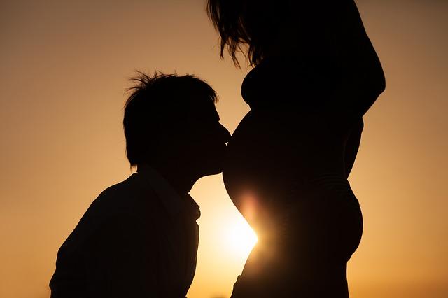 Jak rośnie brzuch w ciąży?