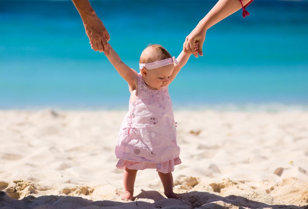 Sukienka dla dziewczynki – w co ubrać córeczkę?