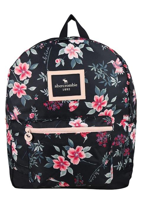87512092570a9 Plecaki szkolne dla dziewczyn – jaki rodzaj i model wybrać  - RODZICE.PL