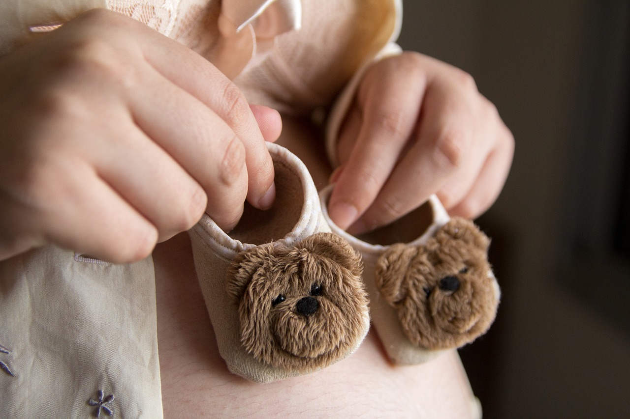 Ból gardła w ciąży: jak poradzić sobie z tą i innymi dolegliwościami?