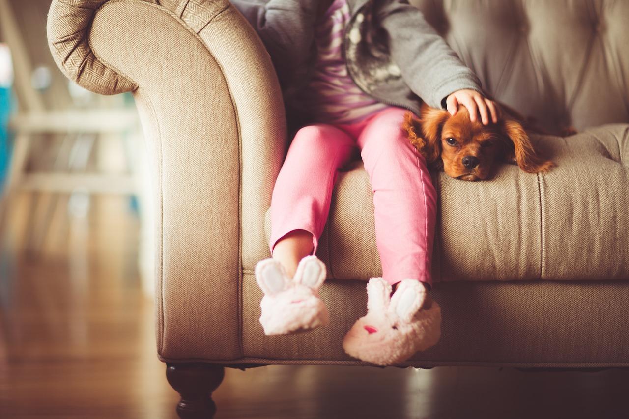 Ból nóg u dzieci: czym może być spowodowany i jak sobie z nim radzić?