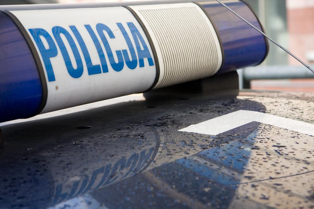 10-letni chłopiec za kółkiem potrącił siedmiolatka. Obok małoletniego kierowcy siedział nietrzeźwy ojciec