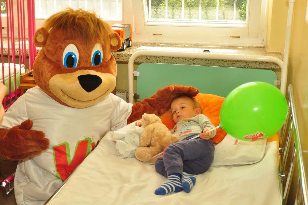 """Akcja """"Kubusiowe szpitale"""": w ciągu 10 lat aż 50. oddziałów dziecięcych zmieniło się w miejsca pełne barw i radosnych bohaterów"""