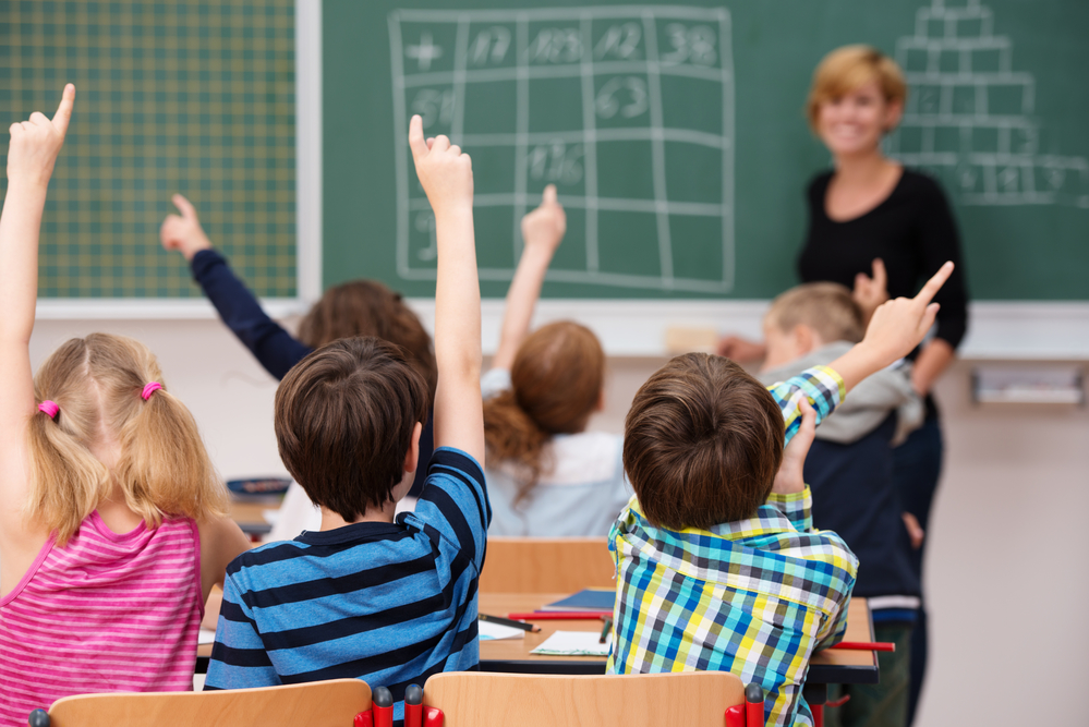Jak złożyć wniosek o 300 zł na wyprawkę szkolną dla dziecka online? Jak założyć profil zaufany?