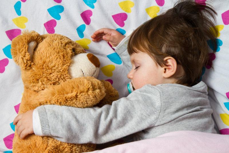 Bezdech senny u dzieci i dorosłych [przyczyny, diagnostyka i leczenie]
