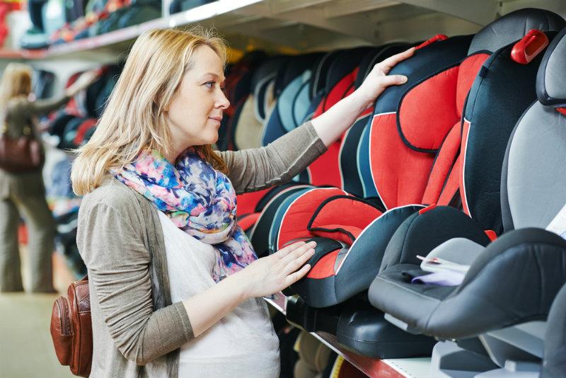 Jak wybrać fotelik samochodowy dla dziecka?