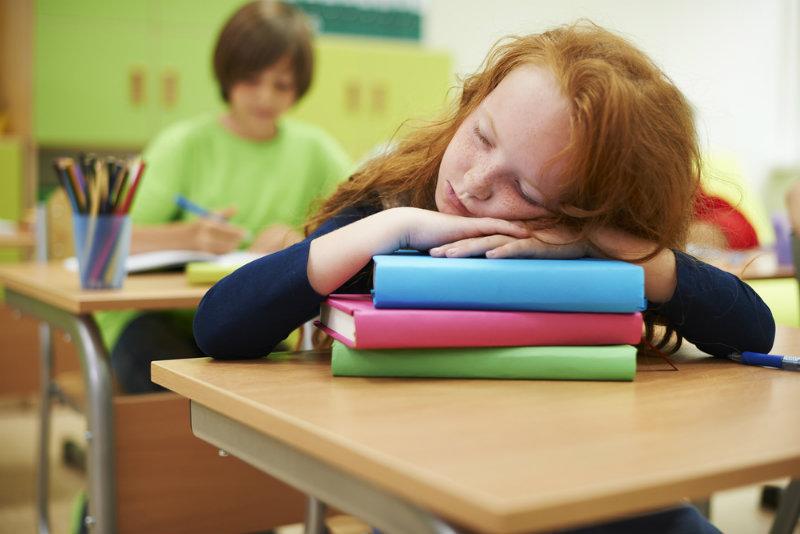 Miażdżąca ocena nauczyciela: Udają, że uczą się wszystkiego!
