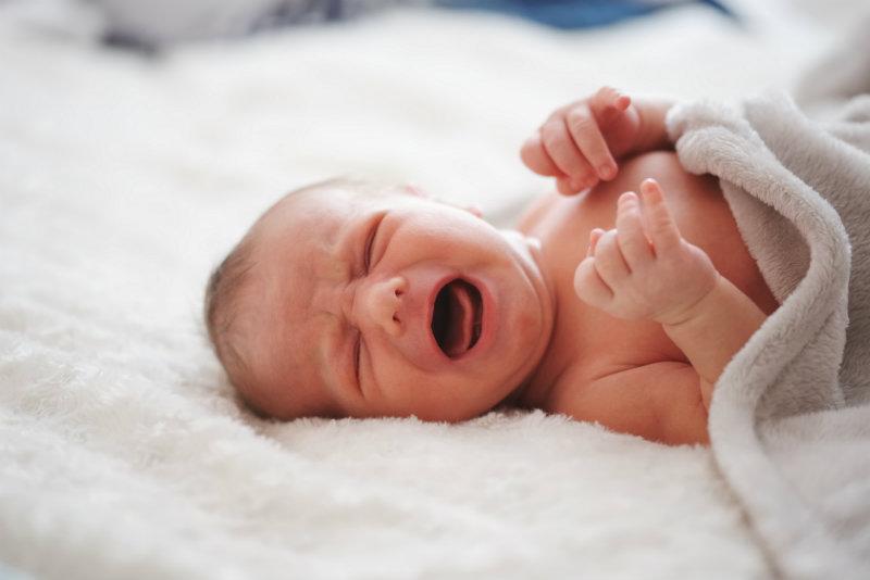 Dysfonia może dotknąć nawet niemowlaka! Jak rozpoznać zaburzenia głosu na tak wczesnym etapie?