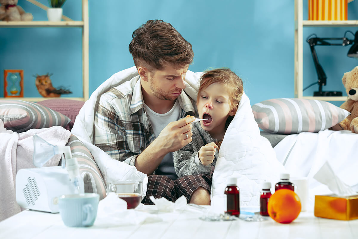 Domowe sposoby na kaszel? Sięgnij po sprawdzone metody naszych babć!