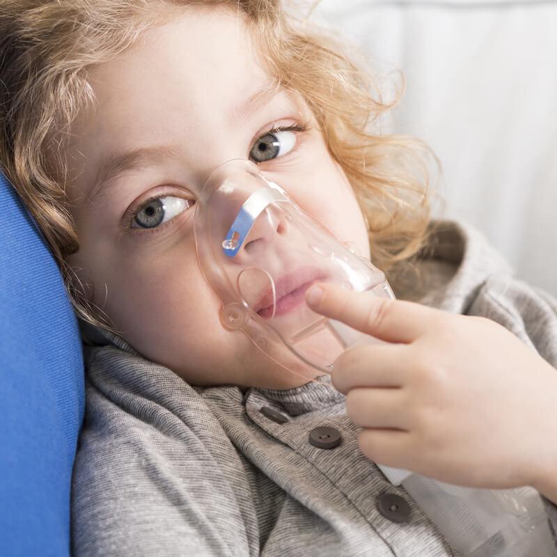 Podejrzewasz objawy zapalenia płuc u dziecka? Działaj szybko!