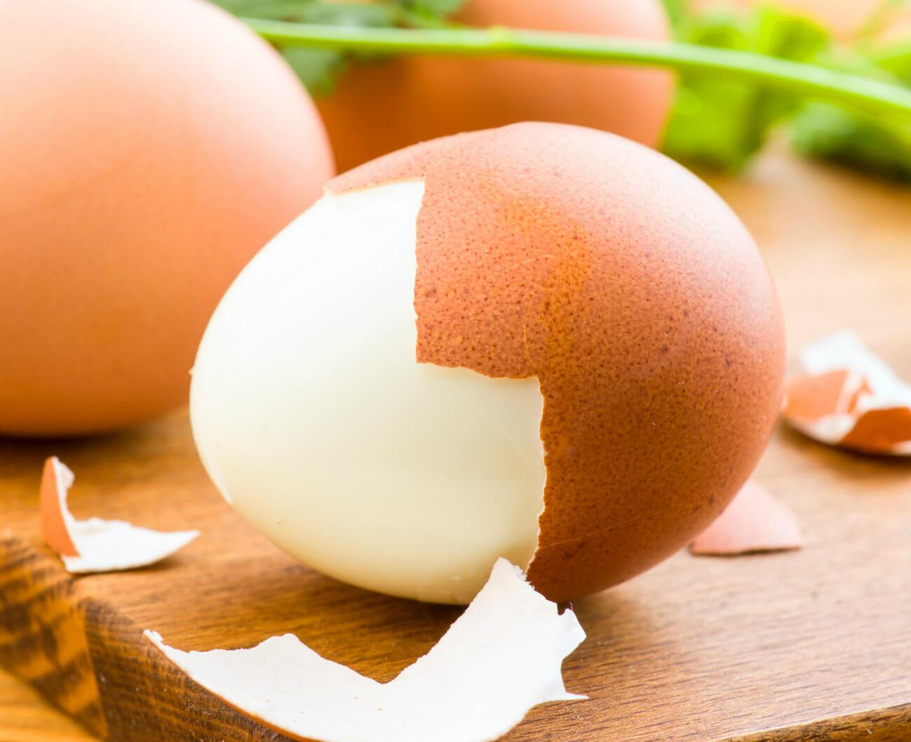 Czy można jeść jajka w ciąży? [jajecznica, jajka na miękko, sadzone i nie tylko]