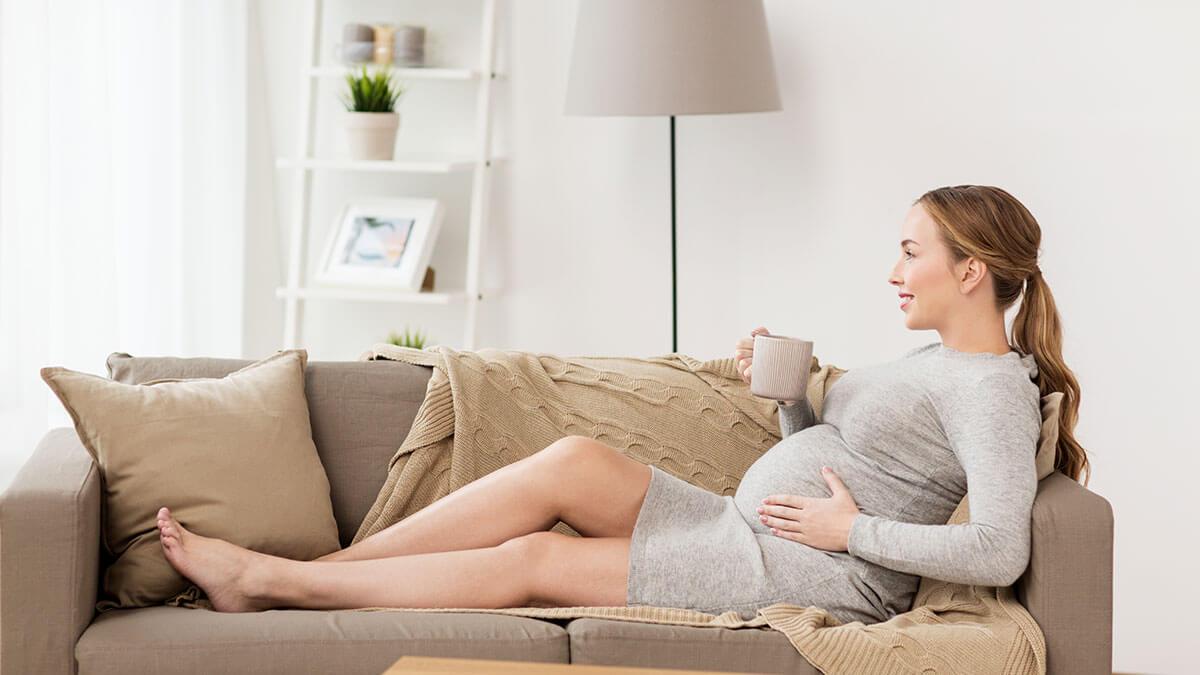 Herbata w ciąży: Jakie gatunki herbaty może pić przyszła mama?
