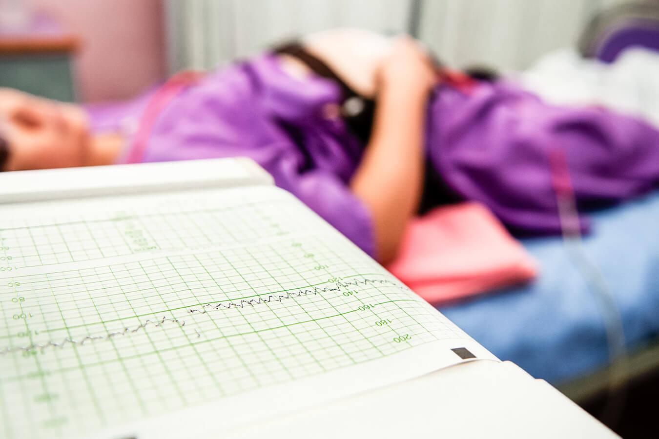Badanie KTG w ciąży – co oznaczają liczby?