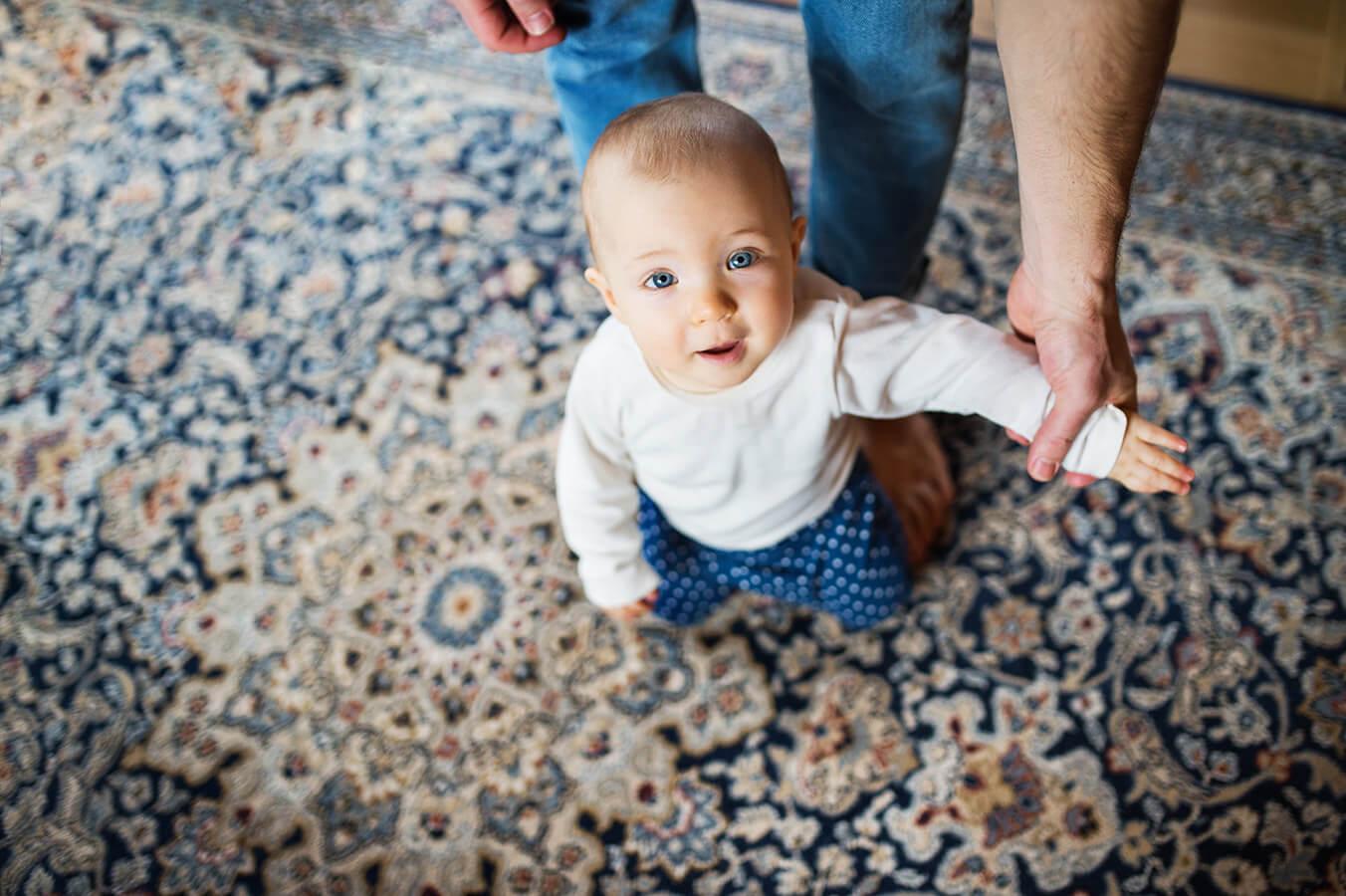 Czy moje dziecko rozwija się prawidłowo? Czym są kamienie milowe w rozwoju dziecka?