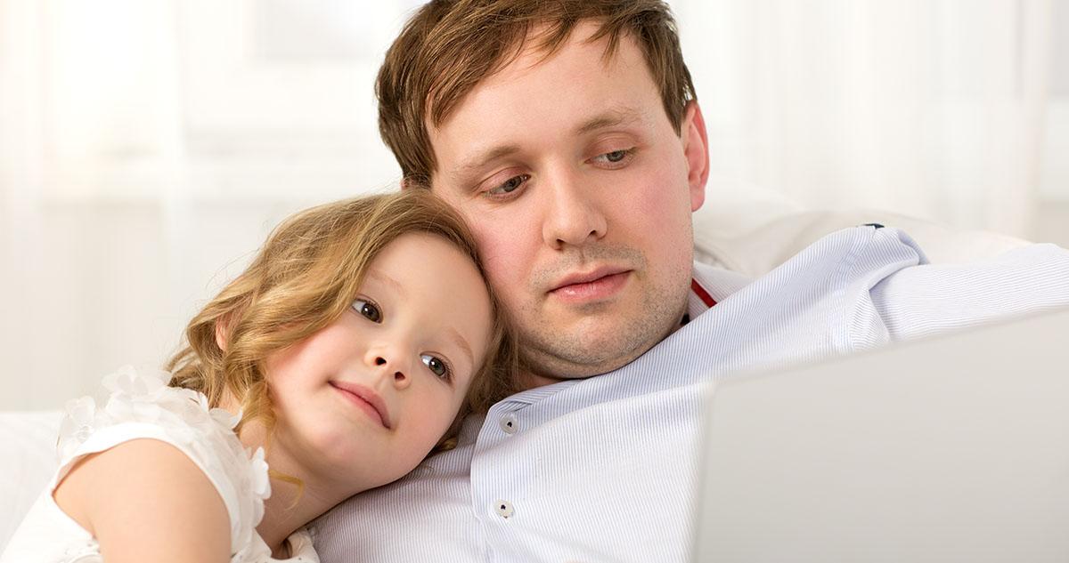 Koronawirus a samozatrudnienie: na jakie ulgi i przywileje mogą liczyć rodzice prowadzący działalność (B2B)?