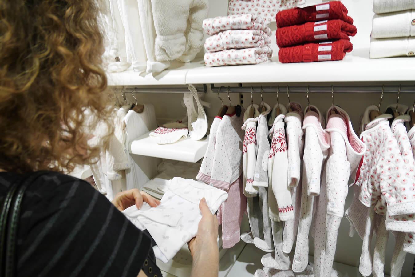Rozmiary niemowlęce i dziecięce: 56, 62, 68… Jak dobrać rozmiar ubranek?