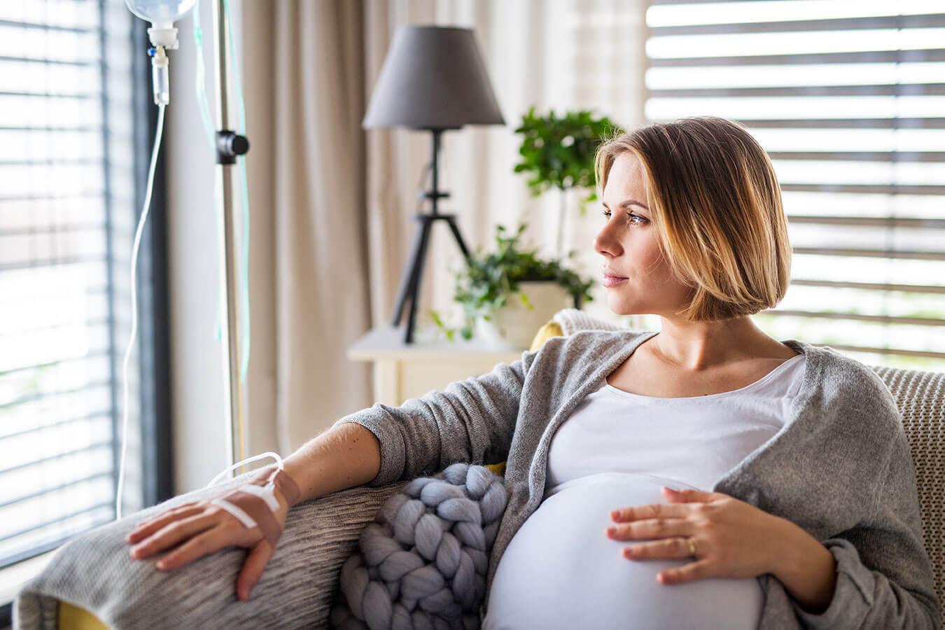 Swędzenie brzucha w ciąży