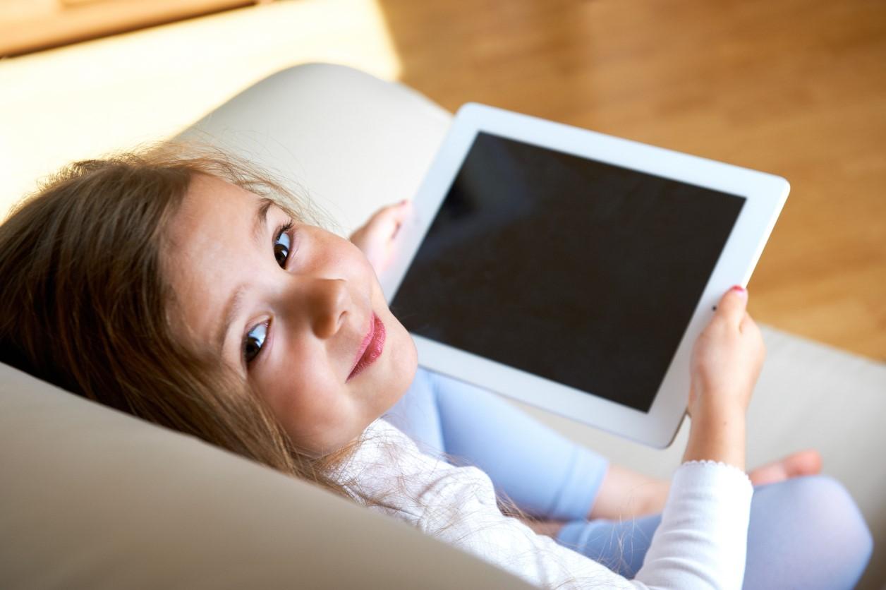 tablet jako prezent dla dziecka do 500 zł
