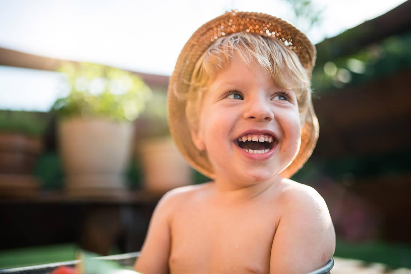 Powiększone sutki u chłopców – przyczyny, objawy, leczenie