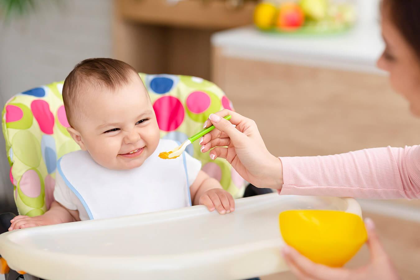 Rozszerzanie diety po 4 miesiącu życia dziecka (przykładowy jadłospis)