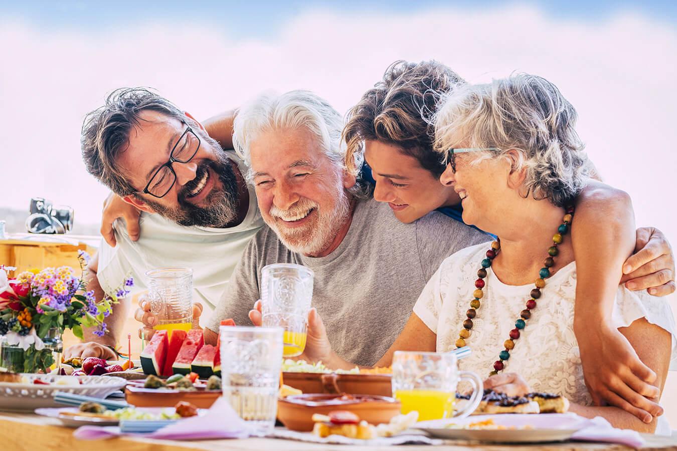 Czego życzyć na 70 urodziny? [krótkie, śmieszne, eleganckie życzenia na 70 urodziny]