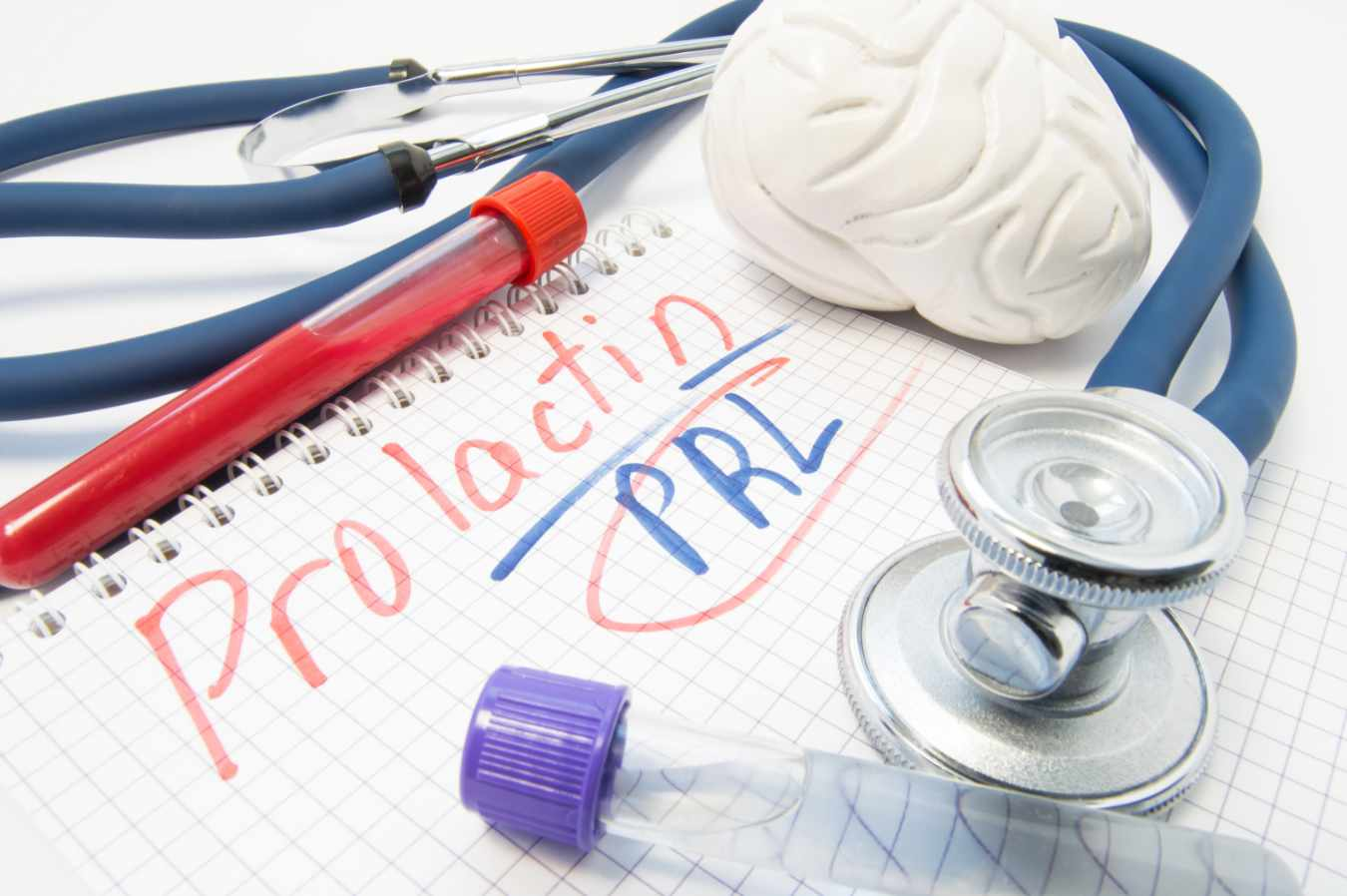 Prolaktyna i jej wpływ na nasz nastrój, odporność oraz problemy z zajściem w ciążę