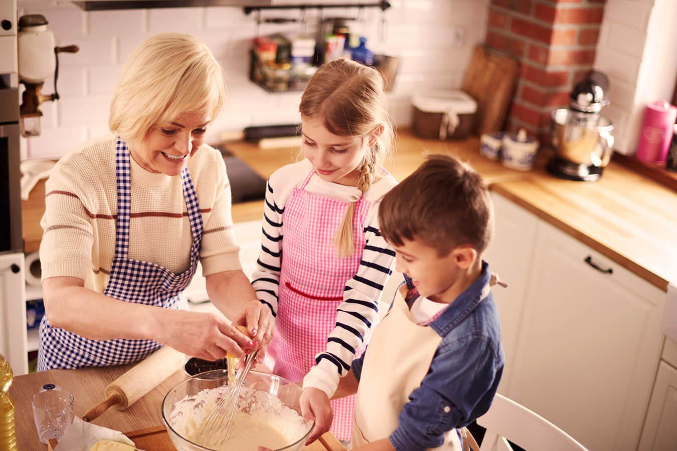 Olej zamiast masła do ciasta – Co jeszcze można dać zamiast masła lub margaryny do ciasta?