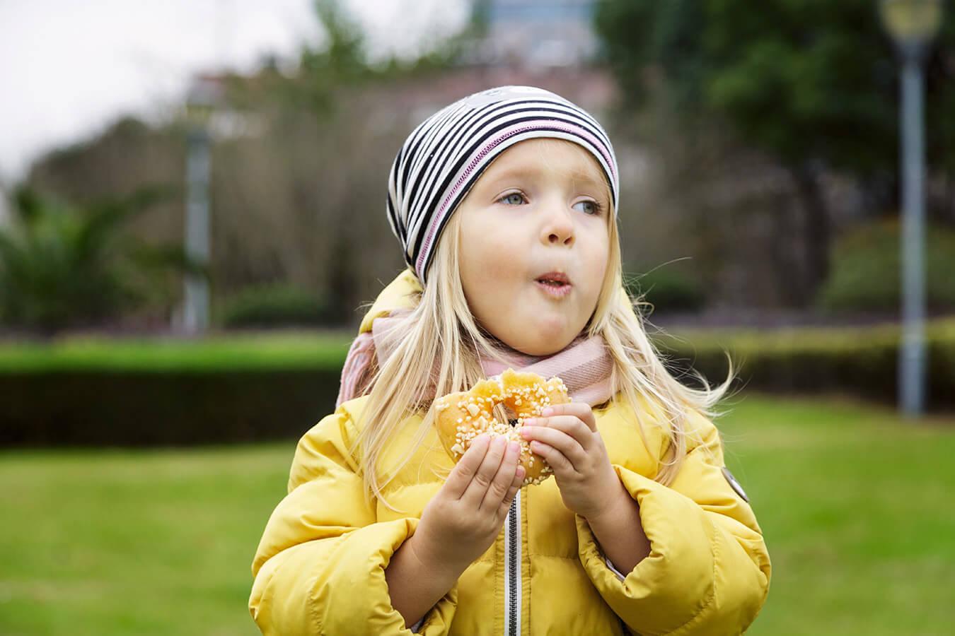 Waga i wzrost 3 latka – Ile waży i mierzy 3 letnie dziecko? [plus rozmiar buta]