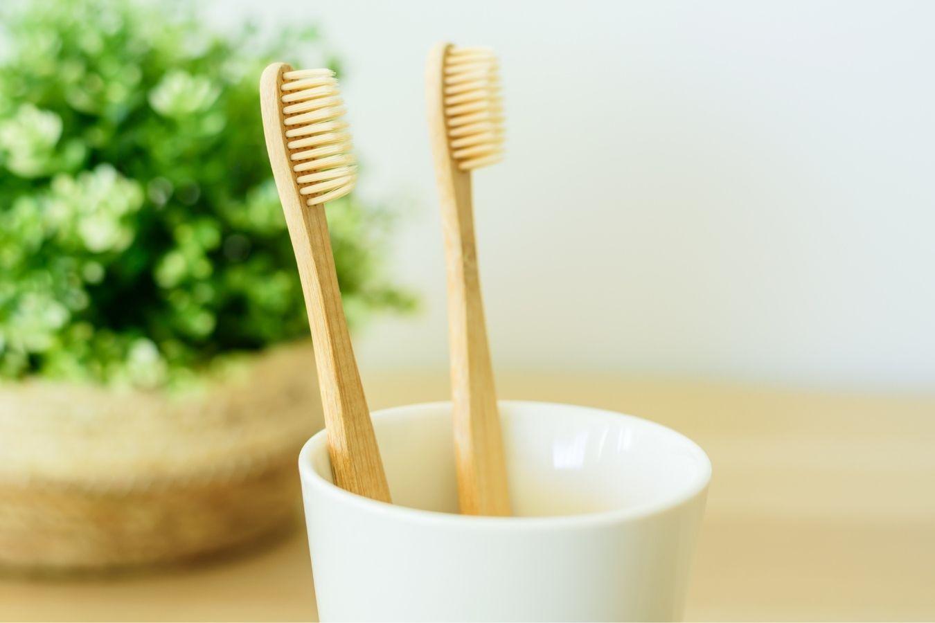 Rodzice i dzieci: Myjmy wspólnie zęby! Jak wyrobić to przyzwyczajenie? Jak wybrać najlepszą pastę?