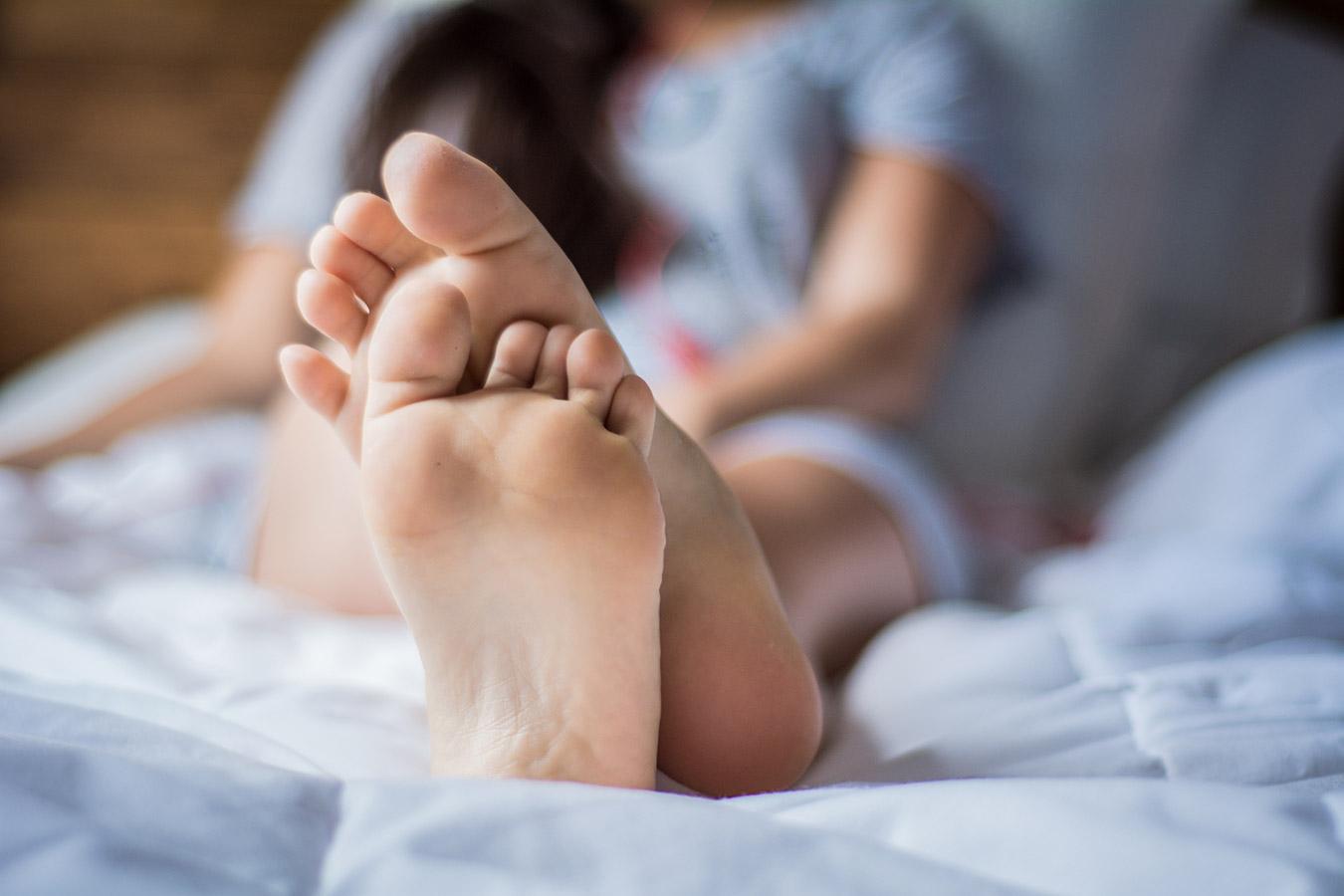 Ból nóg w nocy lub w spoczynku [przyczyny]