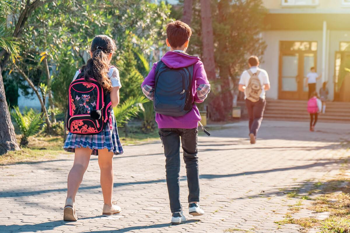 Jak zapewnić bezpieczeństwo dziecku w drodze do szkoły?