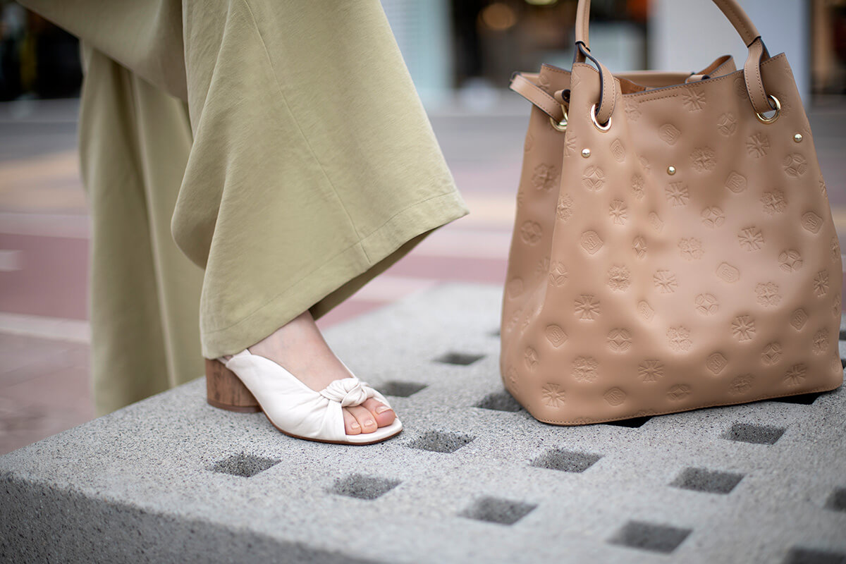 Torba shopper – praktyczna duża torba dla mamy, 5 modeli, które sprawdzą się na co dzień