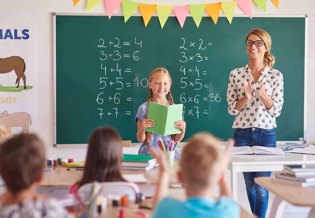 Dzień Nauczyciela 2021: kiedy jest międzynarodowe święto edukacji, a kiedy polski Dzień Edukacji Narodowej?