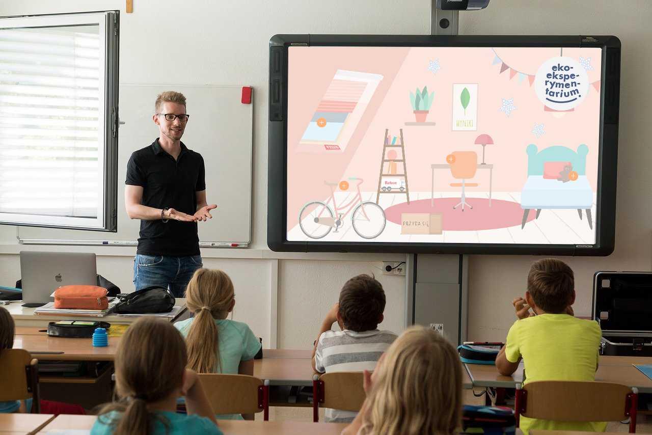 Dzień Edukacji Narodowej 2021: polscy nauczyciele zaskakują kreatywnością